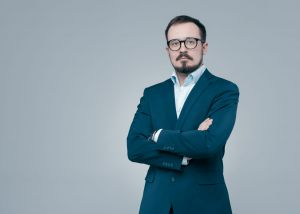 Sesja zdjęciowa Stanisława na LinkedIn do CV Goldenline