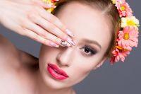 Sesja fotograficzna beauty dla wizażystki zdjęcia w studio