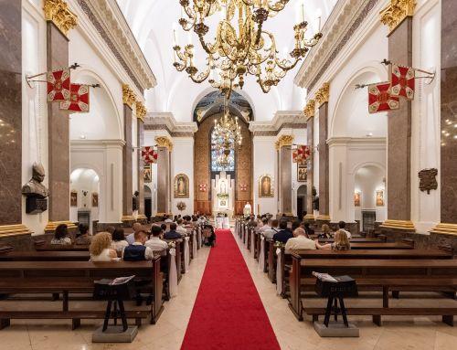 Wnętrze Katedry Polowej WP